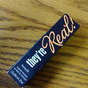 Benefit Makeup - PICK 4 FOR 25 BENEFIT THEY'RE REAL BEYOND MASCARA